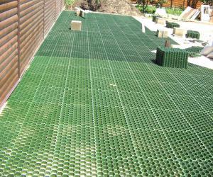 Защита для газона – решетчатый настил